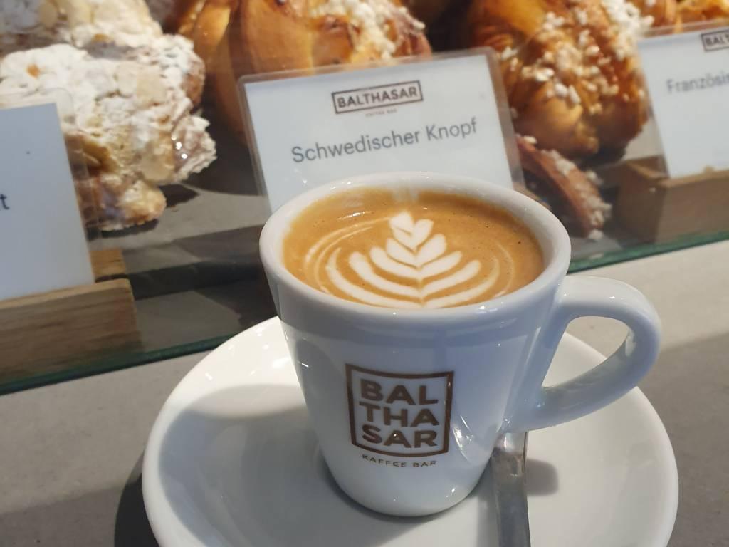 Balthasar Espresso Macchiato Latte Art