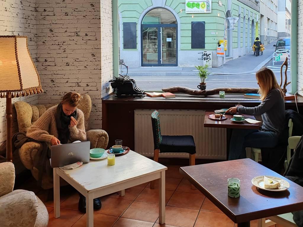 Equilibrium Kaffee gemütliches Cafe