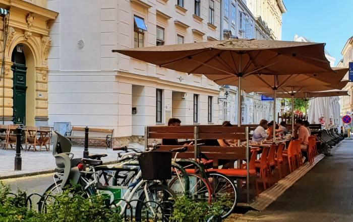 Cafe Eiles Gastgarten