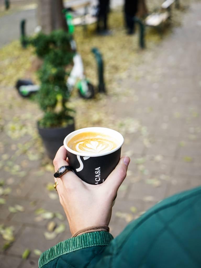 Caffe a Case Coffee to go coffeewalk