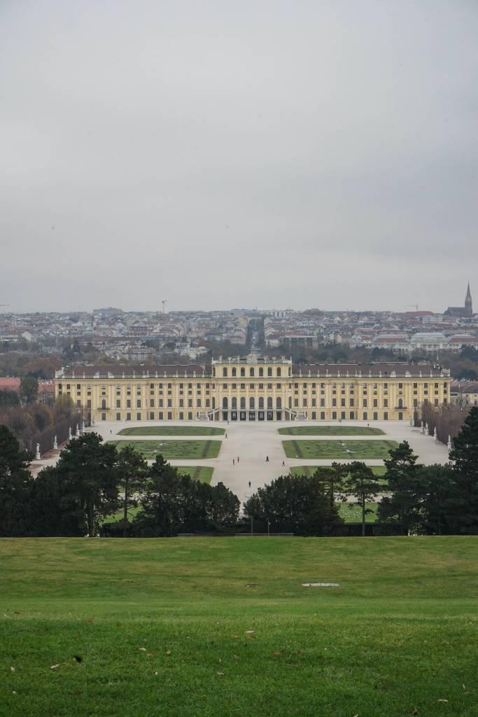 Blick über Wien Schönbrunn
