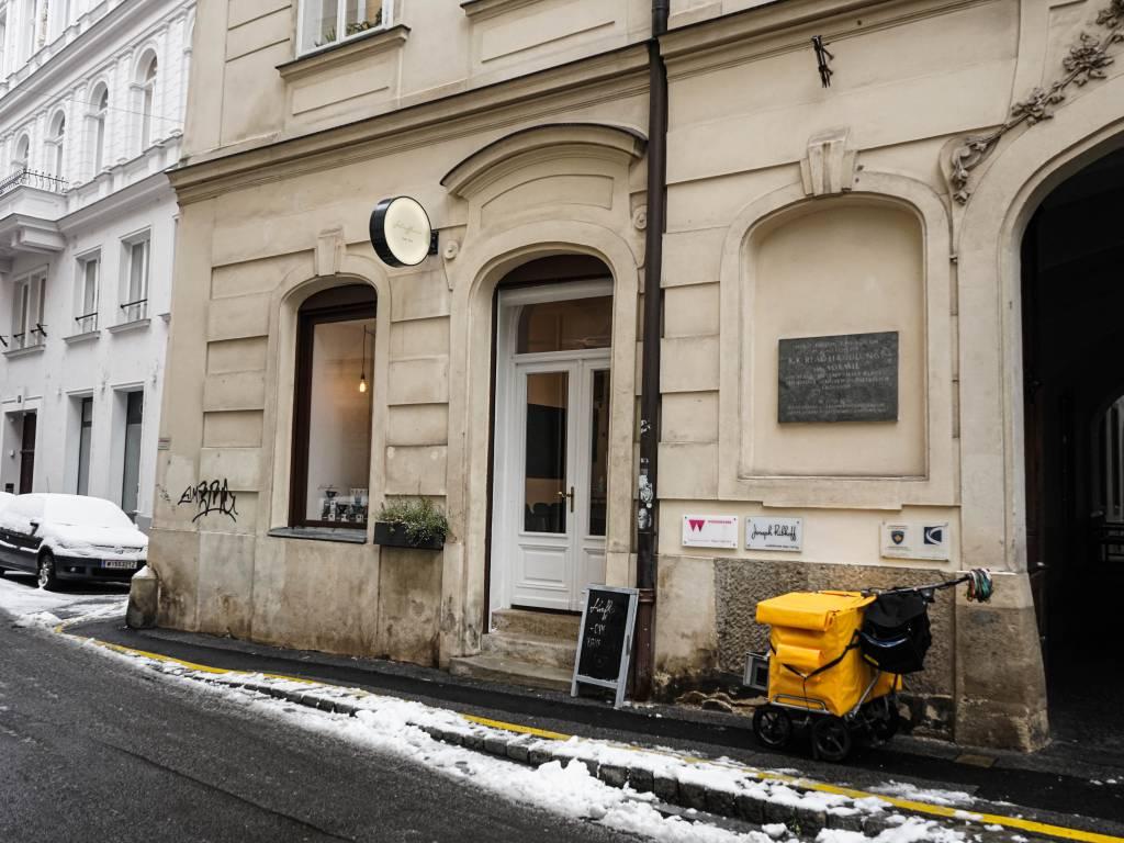 Coffeewalk Wiener Innenstadt im Winter Kaffein