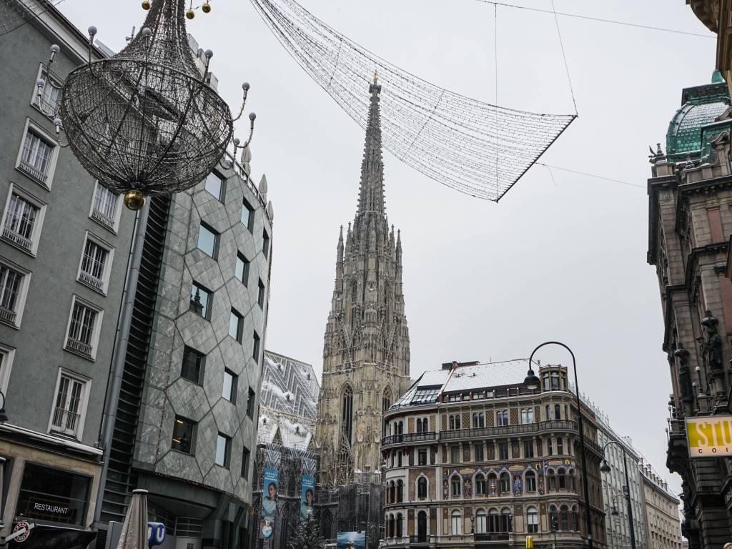 Coffeewalk Wiener Innenstadt im Winter Stephansplatz