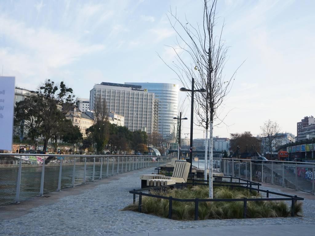 Kaiserbadschleuse Coffeewalk Schwimmende Gärten Donaukanal