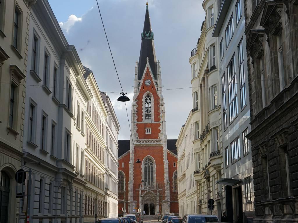Elisabethkirche Coffeewalk Argentinierstraße